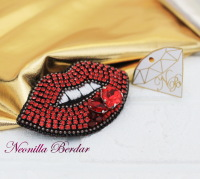 Red Lips Brooch with Swarovski Crystals and Pearls